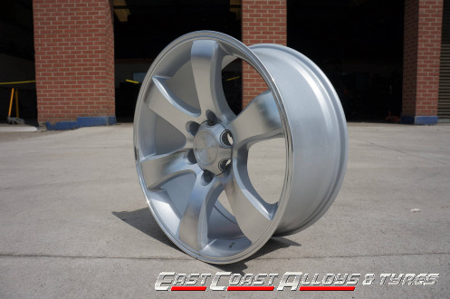 "20"" 4x4 alloy wheels side pic"
