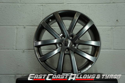 front picture of riva alloy wheel